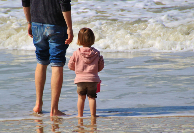 Photo enfant bord de plage